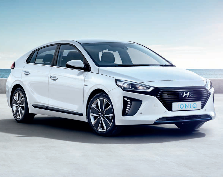 New HYUNDAI IONIQ HATCHBACK at BCC Cars