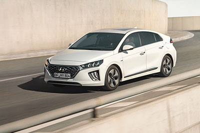 Hyundai Ioniq Hybrid - Equipment